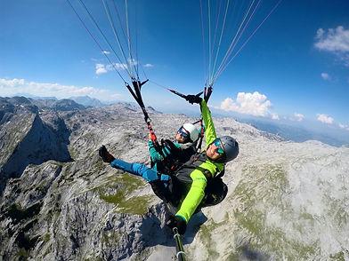 Tandemflug Tandemsprung Paragleiten Gleitschirm Werfenweng Salzburg Tom2Fly