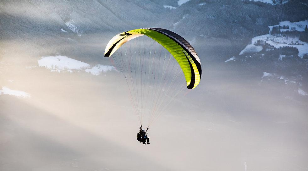 Gleitschirmfliegen Winter Paragleiten Werfenweng Tom2Fly