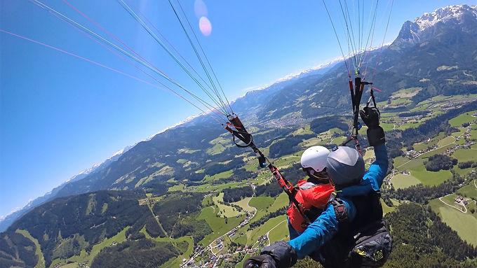 Panoramaflug - Tandem Gleitschirmflug Werfenweng