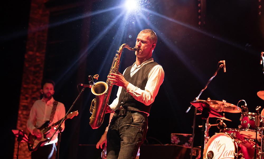 Mr JAM Live Band 00002.jpg