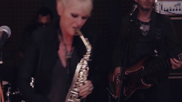 "Mindi Abair & The Boneshakers: ""Who Is He, and What is He To You"""