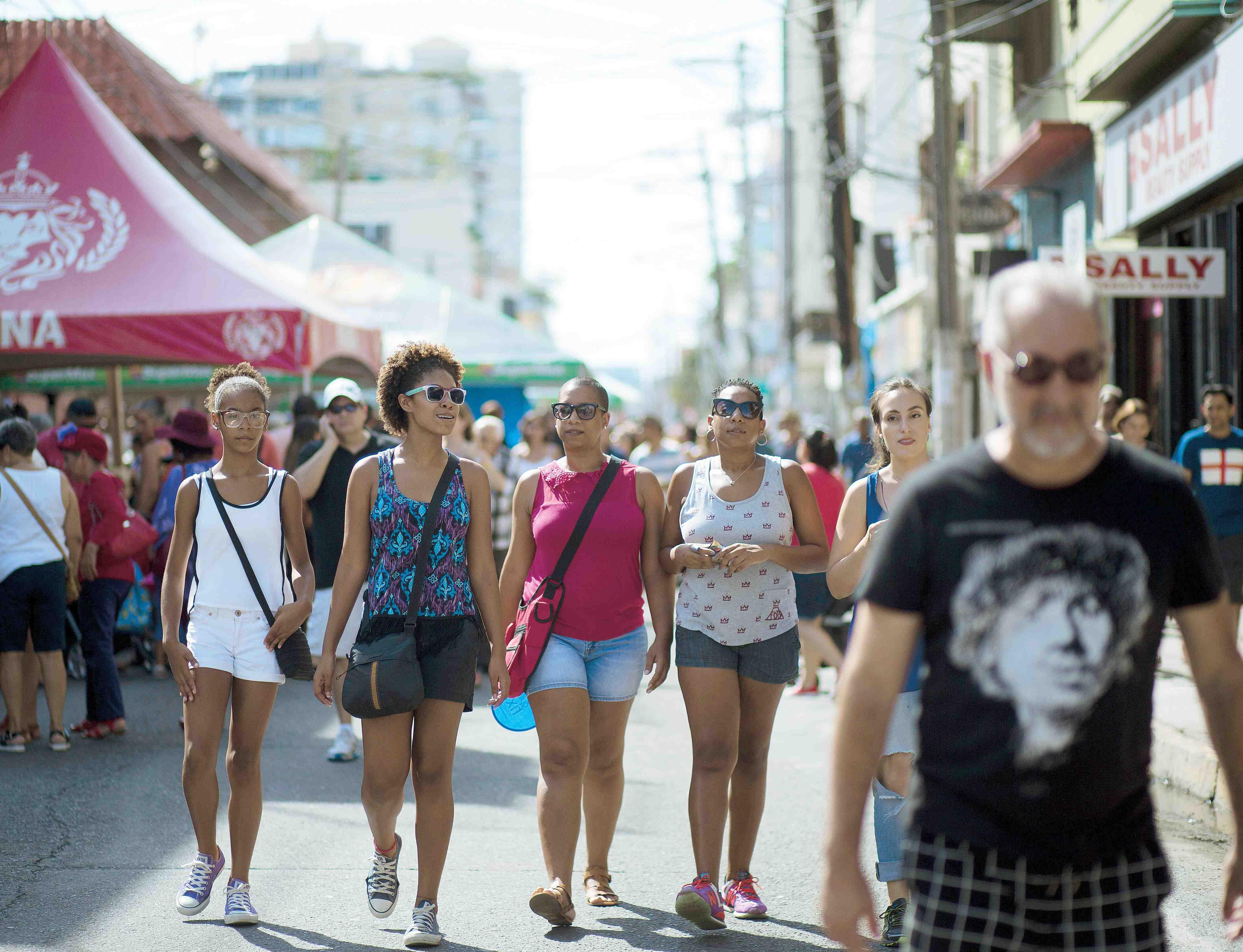 Loiza Street Vibe
