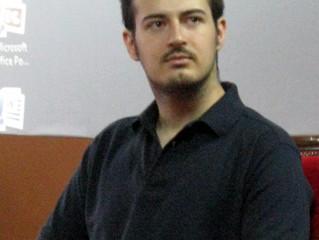 Milutin Mujović, diplomirani anglista