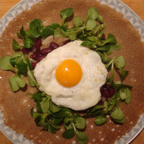 "Crêpe ""Egg & beans"""