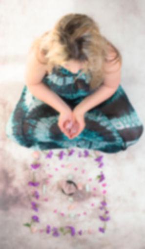 Virginie Daulard - mandalas - méditations minérales - lithothérapie - pierres et minéraux