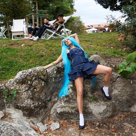 Chloë Sevigny joue les personnages de manga imaginaire pour Opening Ceremony