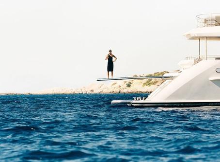 La nouvelle campagne de Bottega Veneta nous plonge de plain-pied dans l'été