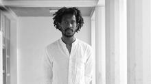 Rencontre avec Mossi Traoré, le créateur qui initie la banlieue à la Couture