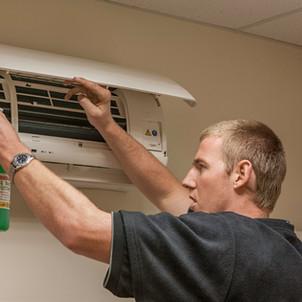 Dobsons Heat Pumps servicing
