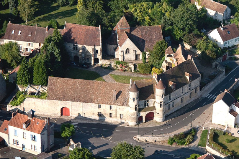 chateau-de-moussy-95_b.jpg