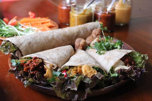 《Grocery》自家製手焼きトルティーヤ&5種のソース . Handmade Tortilla, Dips, and Kara-age Set