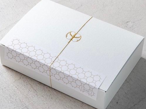 AIN SOPH. オリジナルギフトボックス  . Original Gift Box