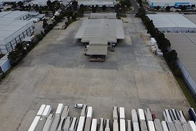 Aerial Yard View_small.PNG