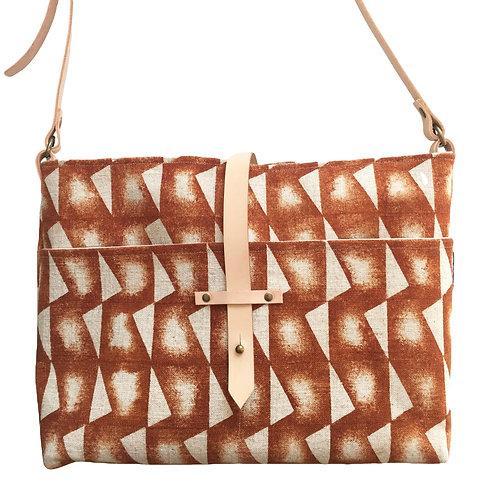 burnt orange linen shoulderbag with adjustable leather strap