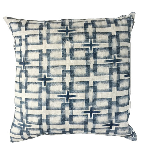 50 x 50 cm oatmeal linen pillow sleeve with blue geometric print