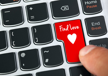 Office Romance – How to Handle love in the Workplace
