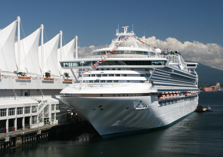Keep Your Cruise Ship Etiquette Topside