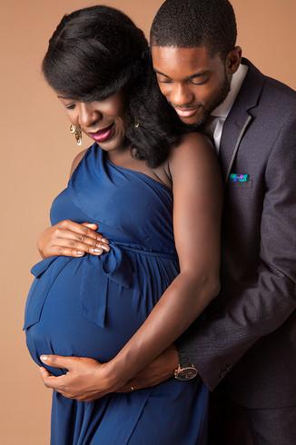 maternaty.pregnancy.photoshoot.couple.ph