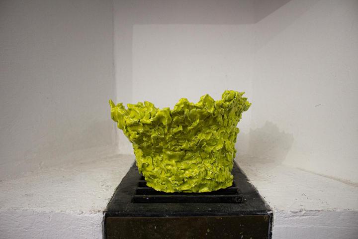 Guglielmo Maggini, Tentativo di forma n.2, 2020, ceramica smaltata, 34 x 28 x 22 cm