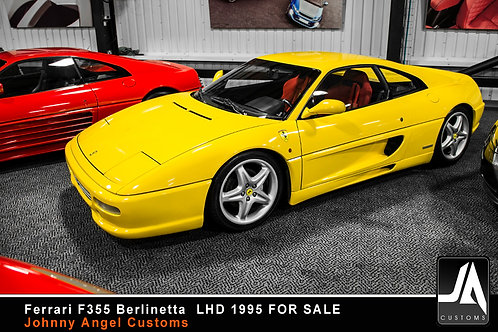 Ferrari F355 Berlinetta LHD
