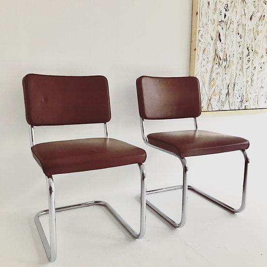 2 Thonet S32 PV Freischwinger Stühle