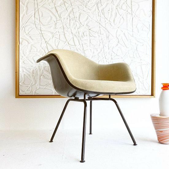 Herman Miller | Vitra - Eames - Fiberglas Armchair