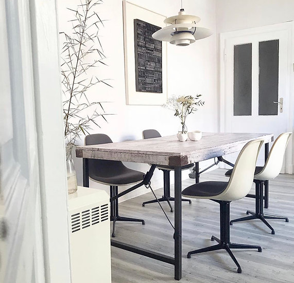 4 Vitra Eames Side Chairs - Fiberglass