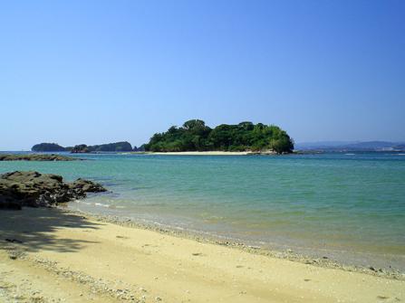 小鞠山島(こまりやまじま)