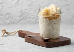 Featured Recipe: Peanut Butter Banana Overnight Oats
