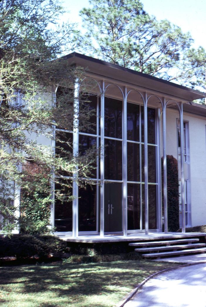 Modernist Home in Glenn Meade