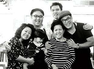 pig-time-le-family.jpg