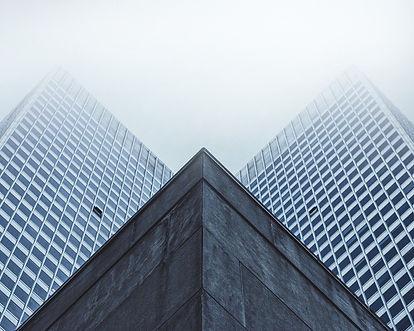 skyscraper-1245909_1280.jpg