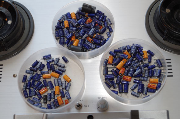 B67 capacitors.jpg