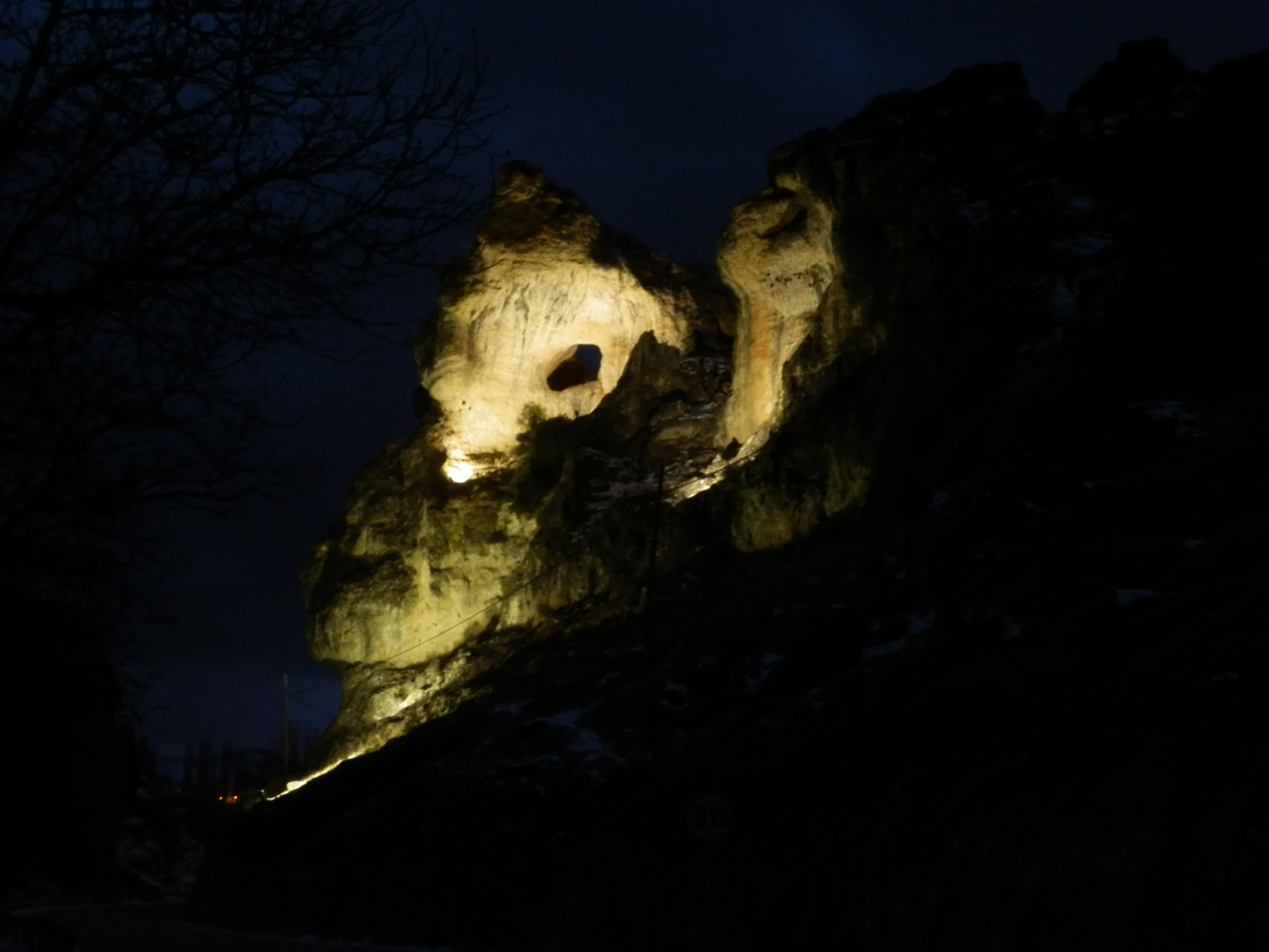 piedra iluminada