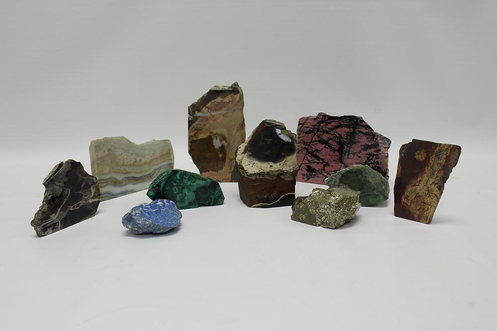 Минералогические образцы из коллекции Новоуральскиго историко-краеведческого музея