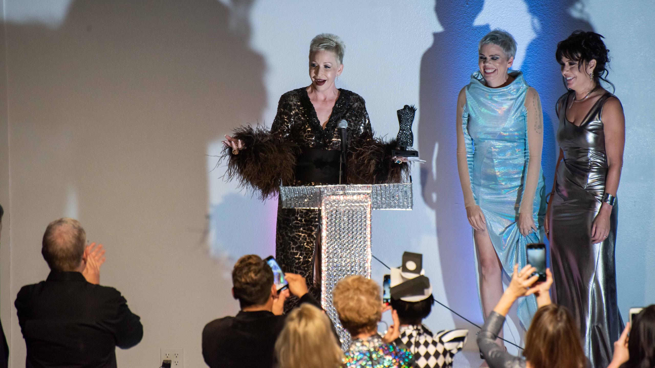 Awarding the AZ Fashion Icon to Camerone
