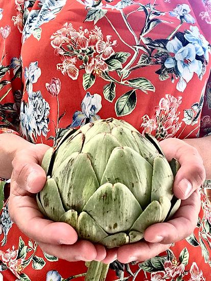 Pretty artichoke.JPG