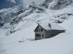 Winter Hütte 1