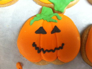 Jack o lantern cookie.JPG
