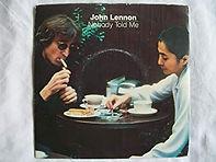 הסינגל של ג'ון לנון ויוקו אונו , Nobody Told Me / O'Sanity, יוצא בבריטניה.