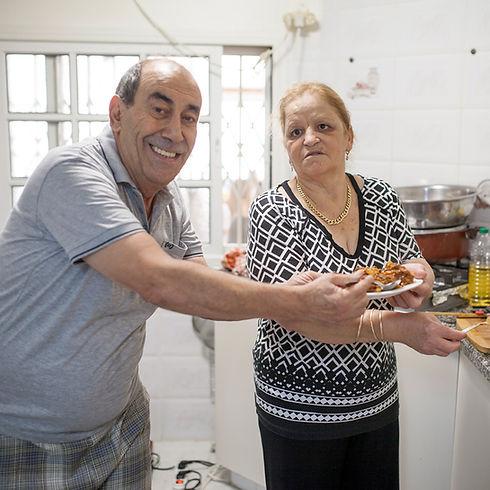 מזל וג'וג'ו נגר המבשלות של ירוחם