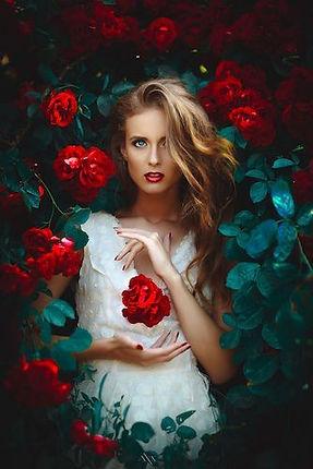 rose-woman 25.jpg
