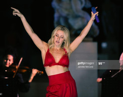 Ellie Goulding - V&A Performance, 2020