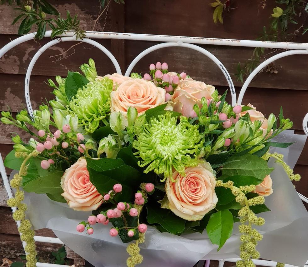 luxury gift bouquet_edited.jpg