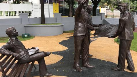 JK, Oscar Niemeyer, Cândido Portinari e Burle Marx.