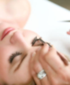 perfect-eyelash-extensions-570x688.jpg