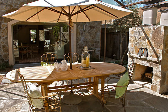 Garden patio with pizza oven in Yountville vacation rental