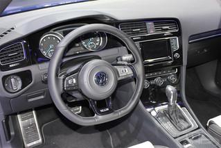 Volkswagen Golf Factory screen integrated Sat Nav system -  Enhance your audio.