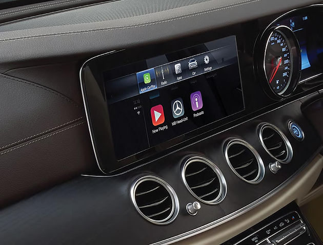 Apple CarPlay for 2016 and 2017 Mercedes Benz, with straight up