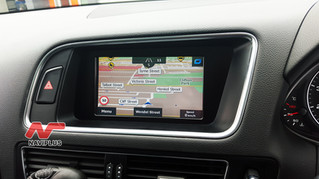 2011 Audi Q5 TSI - Smart Touch GPS Navigation and Rearview backup camera Installed on Factory Concer